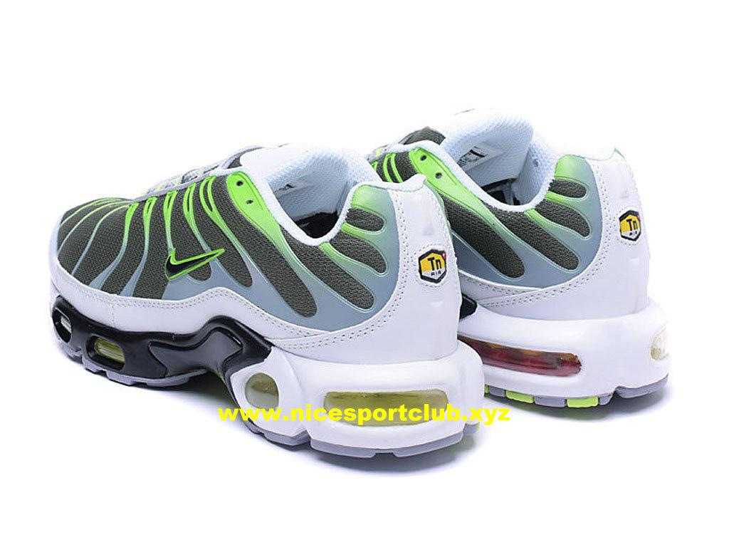 Chaussures Nike Air Max Plus TN Homme Prix Pas Cher GrisVertBlancNoir 903827_A005